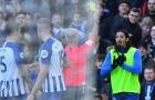 Hy hữu Premier League: Cầu thủ nhận thẻ vàng dù không ra sân