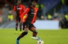 'Quái vật tuyến giữa, tắc bóng hơn cả Wan-Bisska' - fan Quỷ đỏ phát cuồng với sao Rennes