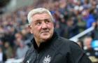 """HLV Newcastle: """"Cậu ấy nên rời M.U để được thi đấu nhiều hơn"""""""