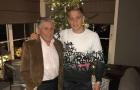 'Ngọc quý' Ajax bị 'tố' ít đến thăm ông sau khi hẹn hò con gái Bergkamp