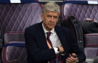 'Wenger rất thông minh. Ông ta đi khỏi đó, trốn tránh và chỉ xem thôi'