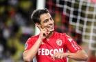 Thâu tóm 'Kẻ sánh ngang Mbappe', Man United đụng độ 8 ông lớn