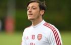 Arsenal thua trận, Arteta nói 1 câu về Ozil