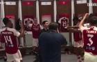 Arteta 'quẩy' cực sung; Aubameyang cười nắc nẻ trong phòng thay đồ Arsenal