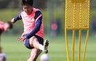 Học trò mới làm các đồng đội Tottenham phải ngoái nhìn, Mourinho vẫn đăm chiêu