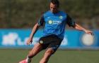Alexis Sanchez để lộ bắp chân 'cực khủng' trên sân tập của Inter Milan
