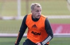 Van de Beek: 'Họ là người khiến tôi gia nhập Man Utd'