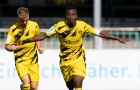 Quên Haaland hay Sancho đi, 'thần đồng' của Dortmund tiếp tục gây bão