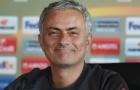 Mục tiêu tin đồn có động thái đáng ngờ, Mourinho sắp đón thêm tân binh?
