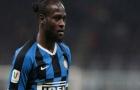 XONG! Chelsea tống khứ 'kẻ bị Conte hắt hủi'