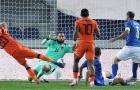 Tung 14 cú sút, Hà Lan vẫn bị cầm chân trước Ý