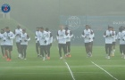 XONG! Man Utd run rẩy vì hình ảnh đáng chú ý trên sân tập PSG