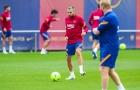 """Trước thềm El Clasico, """"đối tác ăn ý của Messi"""" trở lại tập luyện"""