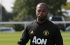 Man Utd thăng hoa trước PSG, Evra có hành động khó đỡ