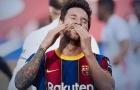 Fati không chuyền và sút ra ngoài, Messi chán nản than thở