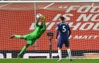 Giúp Chelsea thoát thua, 'quái vật khung gỗ' khiến Lampard bấn loạn