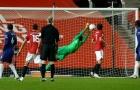 Không chỉ Ole, sao Man Utd cũng 'cam bái hạ phong' trước Mendy