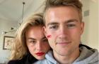Đăng ảnh cùng bạn gái, De Ligt chia sẻ thông điệp ý nghĩa về nữ giới