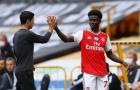 Arsenal dồn gánh nặng cho 'măng non', Wright chỉ trích kịch liệt