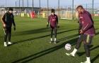 3 cái tên trở lại, lộ thái độ của Cavani trên sân tập Man Utd