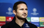 Lập poker, Giroud nói 1 câu duy nhất về Lampard