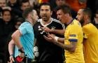 Buffon chính thức nhận án cấm 3 trận do lỗi phản ứng trọng tài