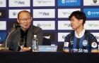 Công Phượng: Xúc động cử chỉ 'người cha' của HLV Park Hang Seo...