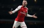 """Rồi Arsenal sẽ rất nhớ một """"Thần chết"""" như vậy!"""