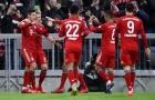 Đánh tennis trên sân nhà, Bayern trở lại ngôi đầu bảng