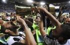 Chùm ảnh: Dàn sao Juve ăn mừng phấn khích cùng chức vô địch đầu tay