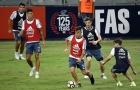 Chùm ảnh: Vắng Messi và Higuain, Dybala thành tâm điểm của truyền thông