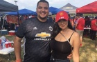 Fan nữ bốc lửa 'hâm nóng' trận mở màn của Man Utd