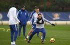 Sắp vượt Man Utd, sao Chelsea tỏ rõ quyết tâm trên sân tập