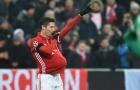 Lewandowski ngầm báo tin vui bằng bụng bầu giả