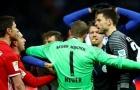 """Manuel Neuer lên tiếng """"dạy đời"""" đồng nghiệp"""
