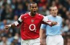 Ashley Cole cười vào nỗi đau của Arsenal