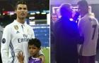 Cristiano Ronaldo nói gì với Sir Alex trong đường hầm sau trận chung kết?