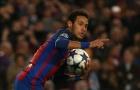 Neymar trổ tài ghi bàn trên…. nóc nhà
