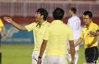 Điểm tin bóng đá Việt Nam tối 01/10: Trọng tài suýt phá vỡ trận đấu trên sân Thống Nhất