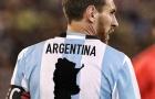 Ảnh chế vị cứu tinh Messi còng lưng gánh tạ Argentina