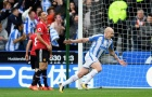 Sao Huddersfield nhận quà bất ngờ sau khi xé lưới Man United