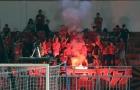 V-League 2018: CĐV đốt pháo sáng mừng ông Miura thắng trận