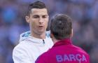 Cựu tiền vệ Barca: 'Messi làm thủ lĩnh kém hơn Ronaldo'