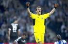 """Còn ai nhớ """"cây trường sinh"""" Iker Casillas"""