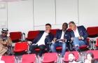 HLV Carlos Queiroz cùng trợ lý do thám trận đấu giữa Việt Nam và Iraq