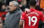 Mourinho rút Rashford ra nghỉ vì 'ám ảnh' Gary Neville