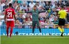 Tấu hài trên sân, thủ môn Real vẫn được ca ngợi vì điều này