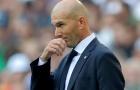 Đây, phản ứng của Zidane khi không được 'va chạm' với Barca