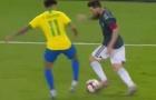 Thi triển 'ma thuật tốc độ', Messi biến Coutinho thành gã hề trên sân
