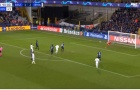 Lập siêu phẩm trên đất Bỉ, cựu QBV 'giải hạn' Champions League